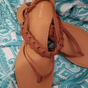 Forever 21 Tan Sandals Size 9